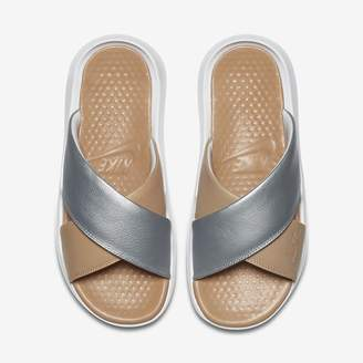 Nike Benassi Future Cross SE Premium Women's Slide