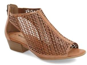 Tamaris 'Nao' Open Toe Sandal