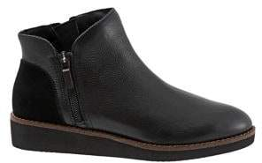 SoftWalk Wesley Leather Ankle Boots