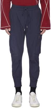 Indice Studio Tapered cargo jogging pants