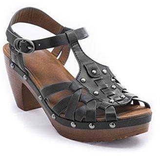 BareTraps Women's Saylor Platform Sandal $26.65 thestylecure.com