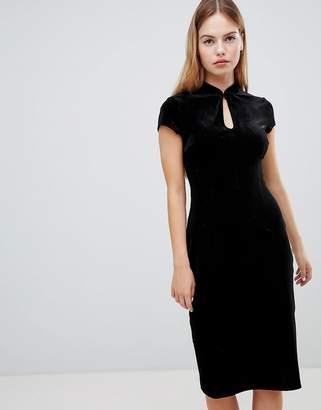 Glamorous velvet keyhole pencil midi dress