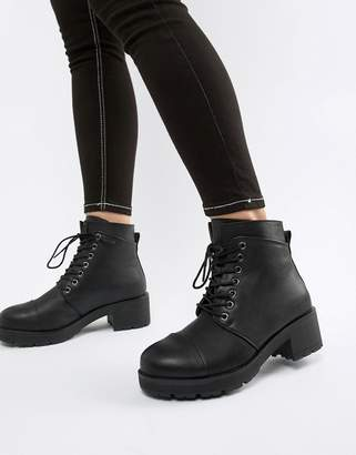 Pieces Lace Up Tracked Sole Ankle Boot