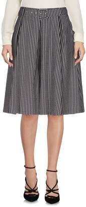 Suoli Knee length skirts