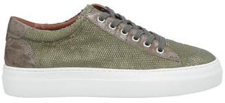 Bruno Magli MAGLI by Low-tops & sneakers