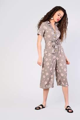6ba73c98567 Glamorous Womens   Safari Floral Jumpsuit By Khaki
