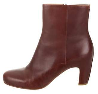 Maison Margiela Leather Round-Toe Ankle Boots Brown Leather Round-Toe Ankle Boots