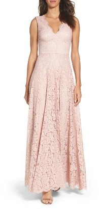 Women's Vera Wang Scalloped Lace Gown $428 thestylecure.com