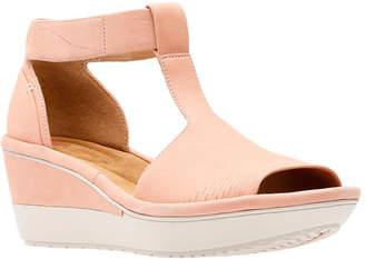 Clarks Wynnmere Avah Wedge Sandal