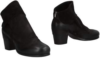 Elena Iachi Ankle boots - Item 11504485OF
