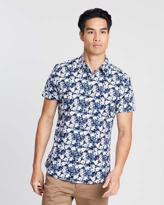 yd. Vito Floral Short Sleeve Shirt