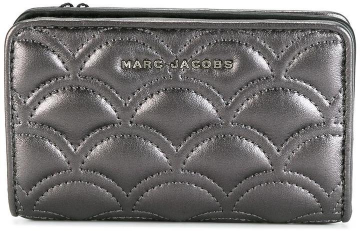 Marc JacobsMarc Jacobs matelassé compact wallet
