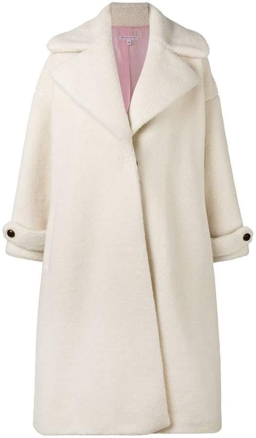 Mantel mit Kontrastknöpfen
