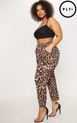 PrettyLittleThing Plus Tan Leopard Print Casual Trousers