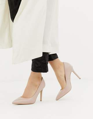 Carvela Pointed Heels