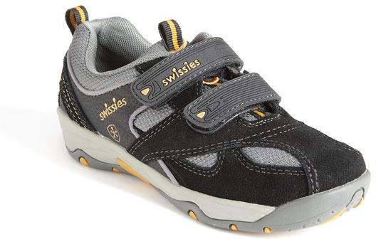 Swissies 'Mark' Athletic Sneaker (Toddler, Little Kid & Big Kid)