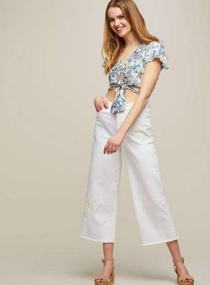 Miss Selfridge Wide leg cropped white applique jeans