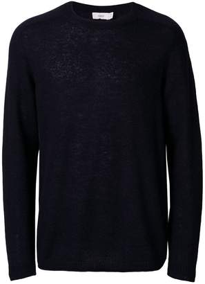 Closed knitted jumper
