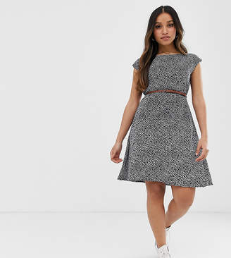 Yumi Petite belted skater dress in mini ditsy floral print