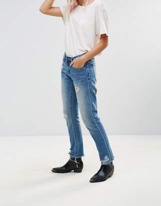 Blank NYC Day Streaming Chewed Boyfriend Jeans