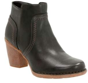 Clarks R) 'Carleta Paris' Ankle Boot