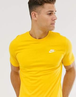 Nike Club Logo T-Shirt in Yellow