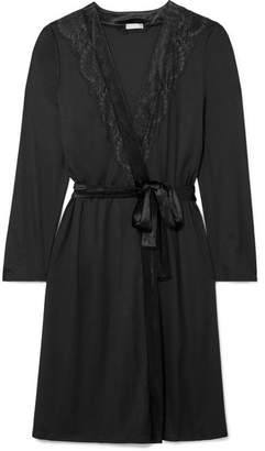 Hanro Ava Lace And Velvet-trimmed Modal And Silk-blend Robe - Black