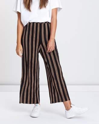 Topshop Stripe Plisse Crop Wide Trousers