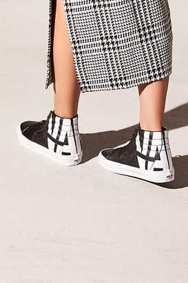 Vans Sk8-hi Classic Tumble Hi Top Sneaker