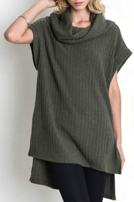 Umgee USA Cowl Neck Tunic