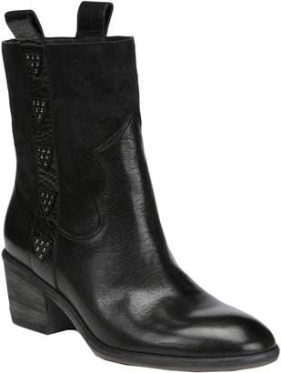 Donald J Pliner Daze Leather Boot