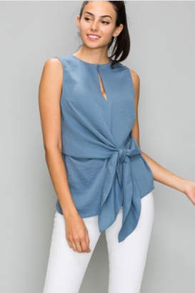 Glam Sleeveless Front Knot Top