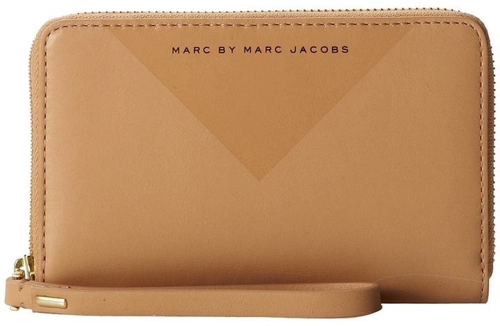 Marc by Marc Jacobs Marc by Marc Jacob Mi Shape Mildred Wallet Wallet Handbag