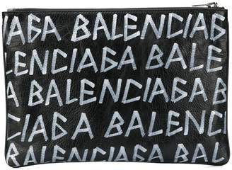 Balenciaga Carry Clip M