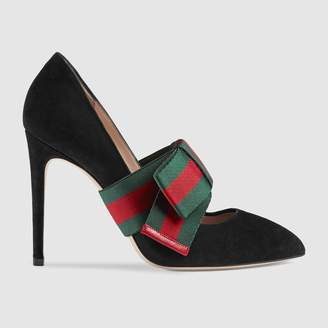 Gucci Suede pump with removable Web bow
