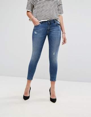 DL1961 Davis Skinny Jean