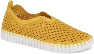 Ilse Jacobsen Tulip 139 Perforated Slip-On Sneaker