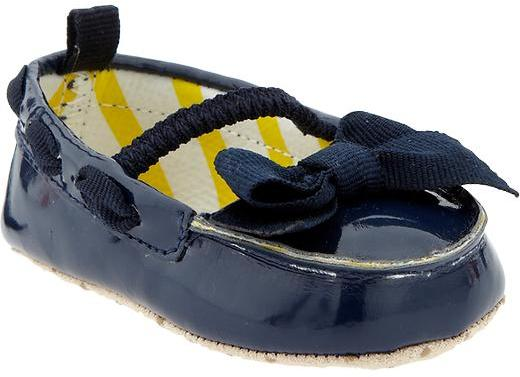 Old Navy Faux-Patent Bow-Tie Shoes for Baby