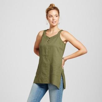 August Moon Women's Linen Blend Hi-Low Tank with Side Slits $27.99 thestylecure.com