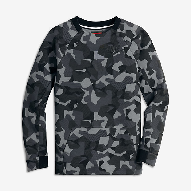 Nike Sportswear Tech Fleece Big Kids' (Boys') Long Sleeve Crew (XS-XL)