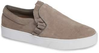 Kaanas Trento Ruffle Sneaker