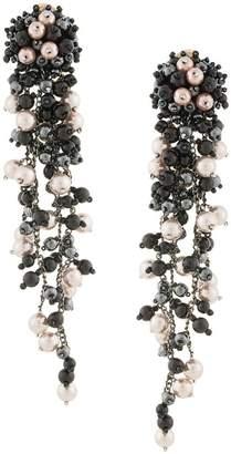 Oscar de la Renta pearl chain earring