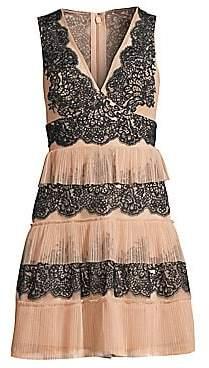 BCBGMAXAZRIA Women's Tiered Lace Dress