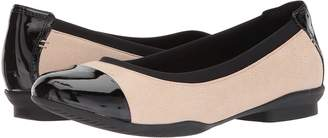 Clarks Neenah Garden Women's Flat Shoes