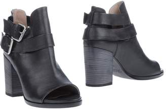 Janet & Janet Ankle boots - Item 11184112KS