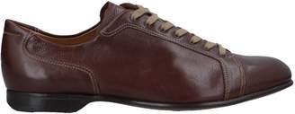 Gravati Sneakers