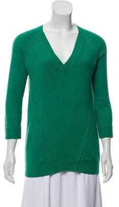 Burberry Cashmere-Blend V-Neck Sweater green Cashmere-Blend V-Neck Sweater