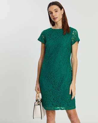 Dorothy Perkins Larissa Lace Shift Dress