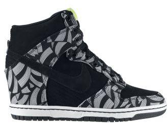 Nike Dunk Sky High Liberty OG QS Women's Shoes