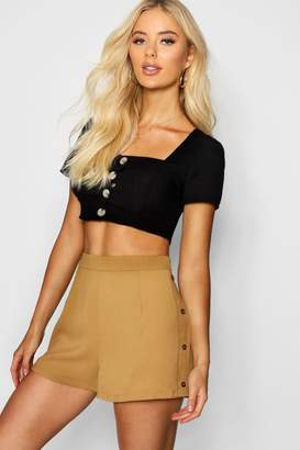 boohoo Horn Button Side Tailored Shorts